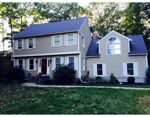 Casa Unifamiliar por un Venta en 14 Bramble Road Medway, Massachusetts 02053 Estados Unidos