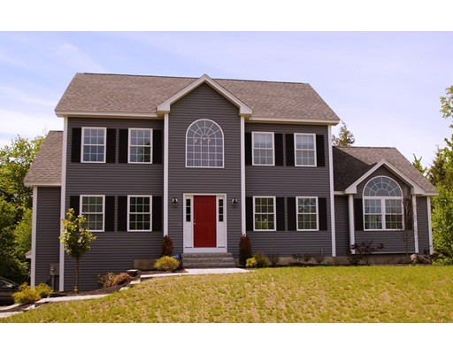 Single Family Home for Sale at 22 Waterford Drive Sandown, New Hampshire 03873 United States
