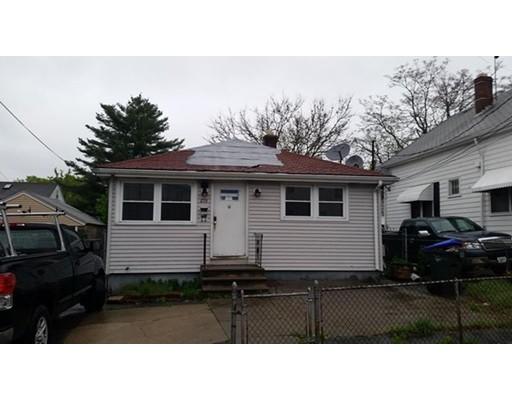 独户住宅 为 销售 在 279 Althea Street 普罗维登斯, 罗得岛 02909 美国