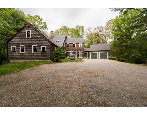 Single Family Home for Sale at 250 County Street 250 County Street Rehoboth, Massachusetts 02769 United States