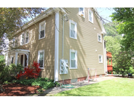 96 Center St 2, Groveland, MA 01834