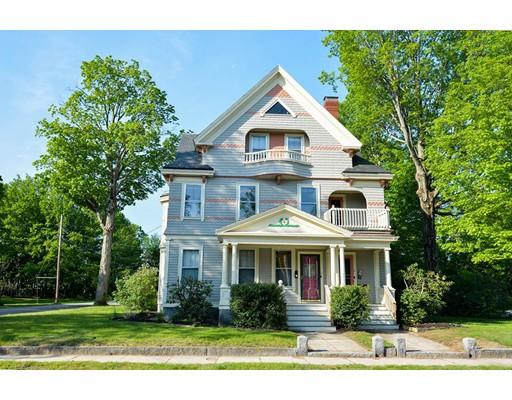 متعددة للعائلات الرئيسية للـ Sale في 7 E Main Street Ayer, Massachusetts 01432 United States