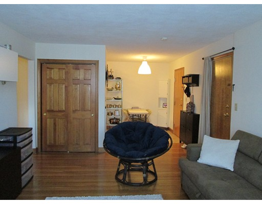 Additional photo for property listing at 282 Grove Street  Newton, Massachusetts 02466 Estados Unidos