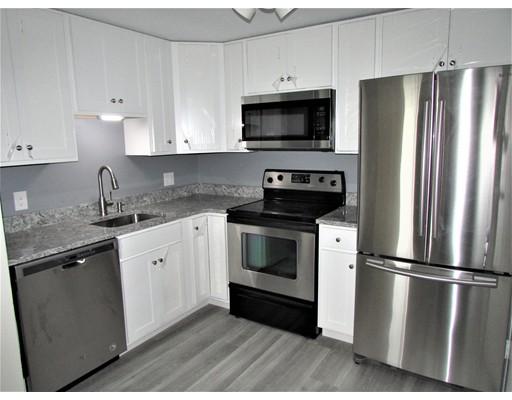 Casa Unifamiliar por un Alquiler en 133 Creek Street Wrentham, Massachusetts 02093 Estados Unidos