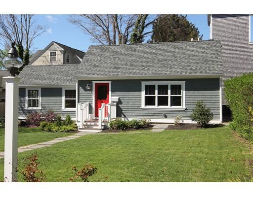 384 Elm St, Dartmouth, MA 02748
