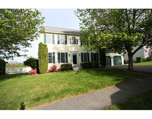 Single Family Home for Sale at 29 Meadow Lane Grafton, Massachusetts 01519 United States
