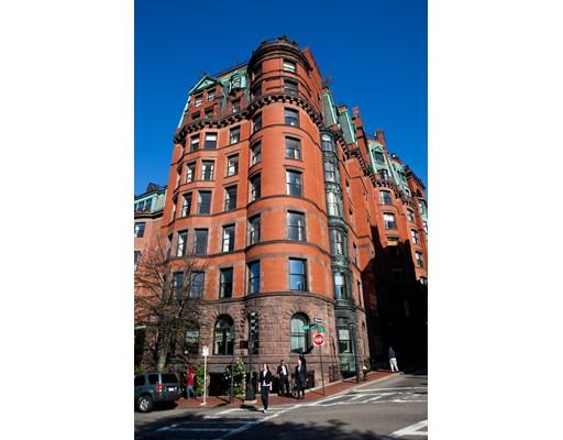 独户住宅 为 出租 在 34 Beacon Street 波士顿, 02108 美国
