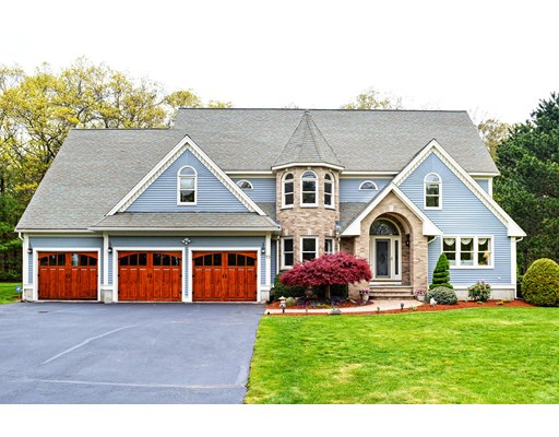 Casa Unifamiliar por un Venta en 13 Olde Coach Road North Reading, Massachusetts 01864 Estados Unidos