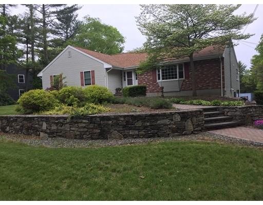 独户住宅 为 销售 在 52 Gilbert Street Mansfield, 马萨诸塞州 02048 美国