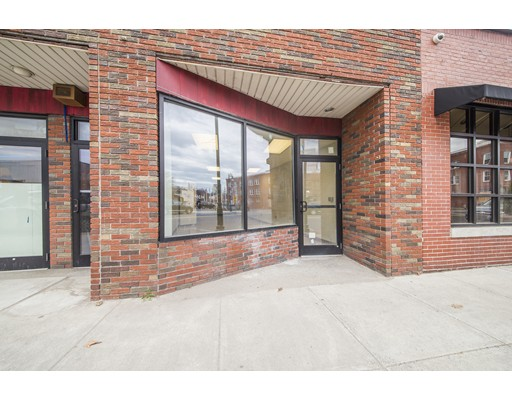 Commercial for Rent at 892 Main Street 892 Main Street Springfield, Massachusetts 01103 United States