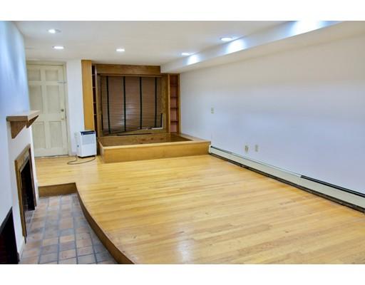 独户住宅 为 出租 在 36 Beacon Street 波士顿, 马萨诸塞州 02108 美国