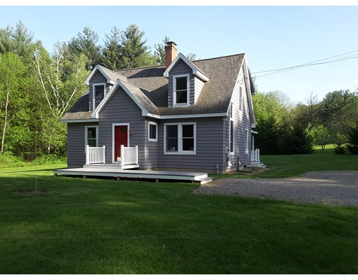 Casa Unifamiliar por un Venta en 16 Long Hill Road 16 Long Hill Road Brookfield, Massachusetts 01506 Estados Unidos