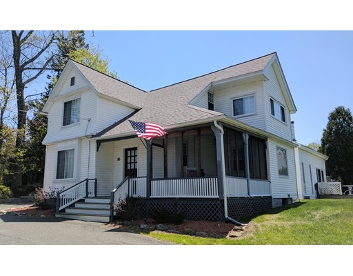 Casa Unifamiliar por un Venta en 85 Main Street Blandford, Massachusetts 01008 Estados Unidos