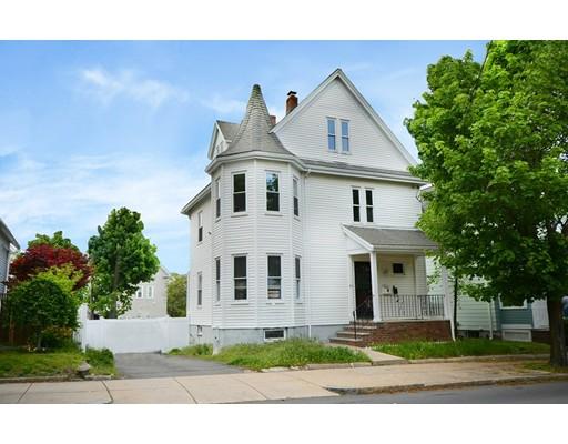 多户住宅 为 销售 在 84 Cross Street 莫尔登, 马萨诸塞州 02148 美国
