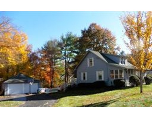 381 Elm St, East Longmeadow, MA 01028