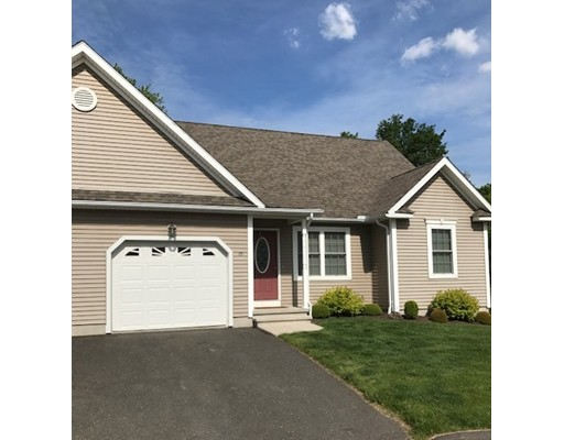 15 Elmcrest Dr 15, Chicopee, MA 01013