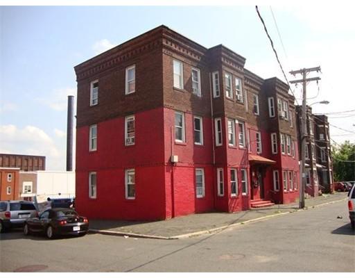 多户住宅 为 销售 在 74 Newton Street 74 Newton Street Holyoke, 马萨诸塞州 01040 美国