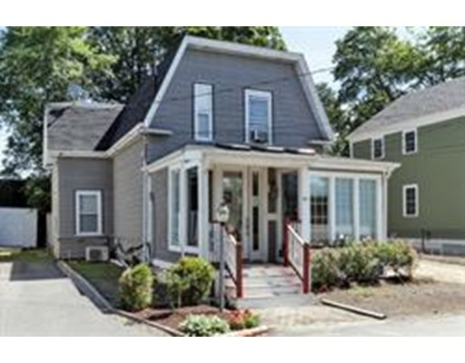 Single Family Home for Sale at 15 Simms Court Newton, Massachusetts 02465 United States