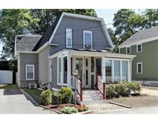 Maison unifamiliale pour l Vente à 15 Simms Court 15 Simms Court Newton, Massachusetts 02465 États-Unis