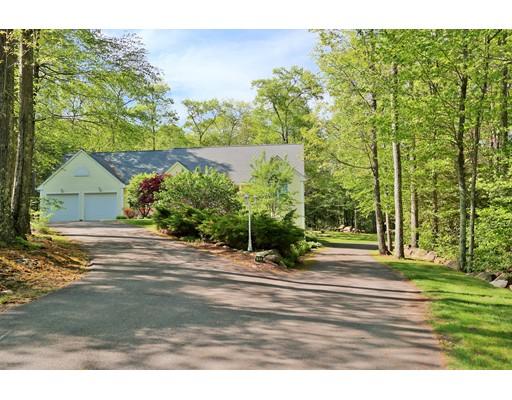 Maison unifamiliale pour l Vente à 179 County Road Somers, Connecticut 06071 États-Unis