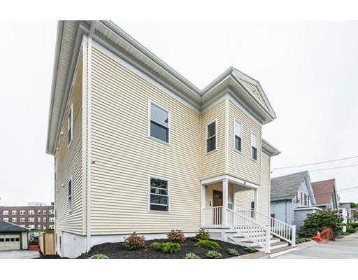Casa Multifamiliar por un Venta en 16 Tudor Street Lynn, Massachusetts 01902 Estados Unidos