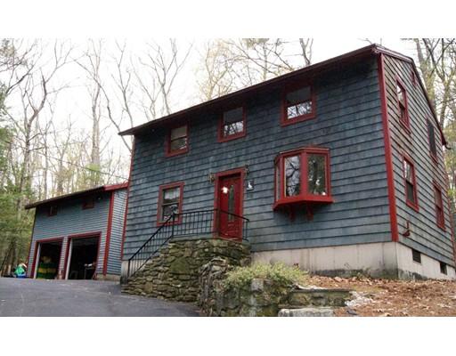 独户住宅 为 销售 在 305 Royalston Road Phillipston, 马萨诸塞州 01331 美国