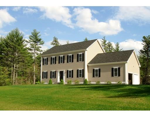 Maison unifamiliale pour l Vente à 50 Forbes Road Rochester, Massachusetts 02770 États-Unis