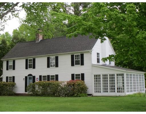 独户住宅 为 销售 在 663 Longmeadow Street Longmeadow, 马萨诸塞州 01106 美国