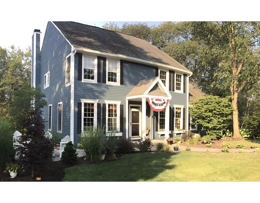 3 Piper Dr, Beverly, MA 01915