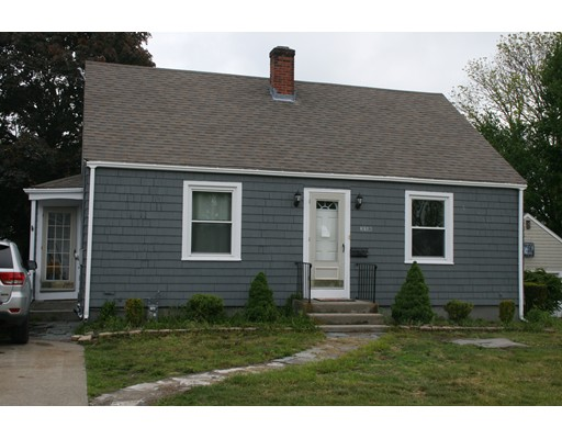 358 READ, Somerset, MA 02726
