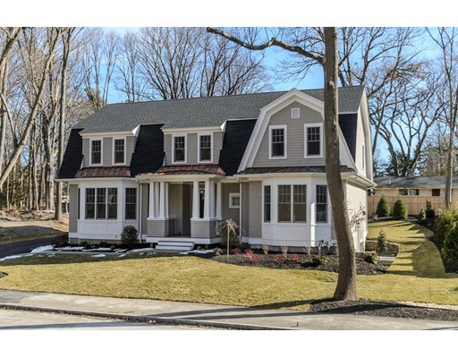 Single Family Home for Sale at 652 Washington Street Wellesley, Massachusetts 02482 United States