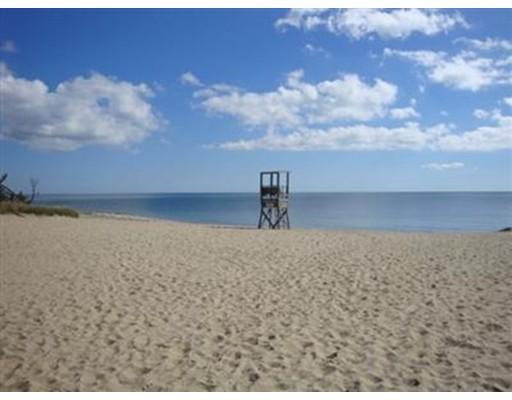 独户住宅 为 销售 在 85 Earle 哈里奇, 马萨诸塞州 02671 美国