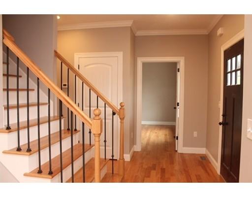Casa Unifamiliar por un Venta en 5 Angelica Drive 5 Angelica Drive Westfield, Massachusetts 01085 Estados Unidos