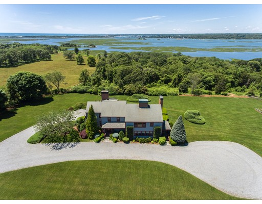 Casa Unifamiliar por un Venta en 176 Fisherville Lane Westport, Massachusetts 02790 Estados Unidos