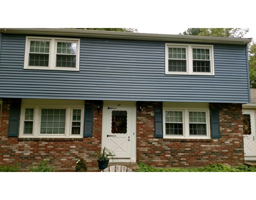Casa Unifamiliar por un Alquiler en 260 Daniels Street Franklin, Massachusetts 02038 Estados Unidos