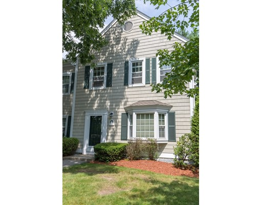 751 Brookside Dr 751, Andover, MA 01810
