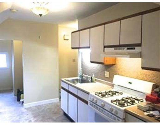 Additional photo for property listing at 1065 River street  Boston, Massachusetts 02136 Estados Unidos