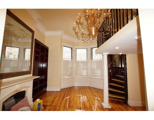 Casa Unifamiliar por un Alquiler en 14 Marlborough Boston, Massachusetts 02116 Estados Unidos