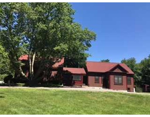 Single Family Home for Sale at 17 Bear Hill Road 17 Bear Hill Road Merrimac, Massachusetts 01860 United States