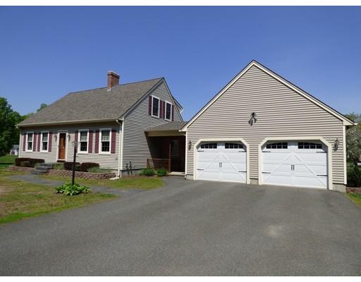 واحد منزل الأسرة للـ Sale في 3 Dewolf Road 3 Dewolf Road Montague, Massachusetts 01351 United States