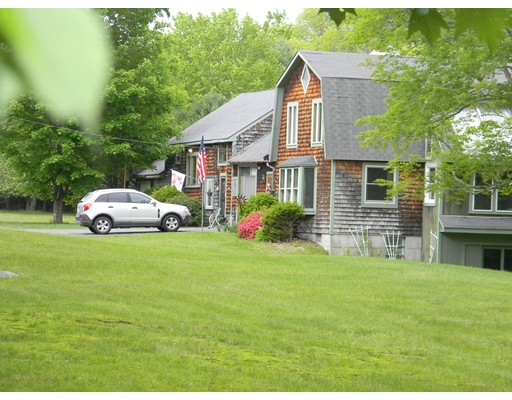 Maison unifamiliale pour l Vente à 64 Athol Richmond Road 64 Athol Richmond Road Royalston, Massachusetts 01368 États-Unis