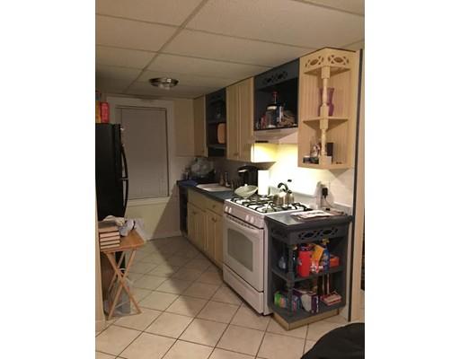 独户住宅 为 出租 在 47 Forest Street 梅尔罗斯, 02176 美国