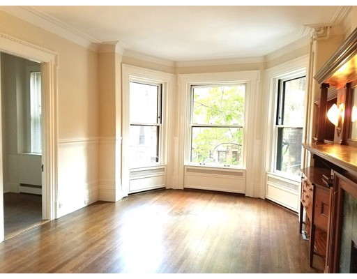 Additional photo for property listing at 174 Commonwealth Avenue  Boston, Massachusetts 02116 United States