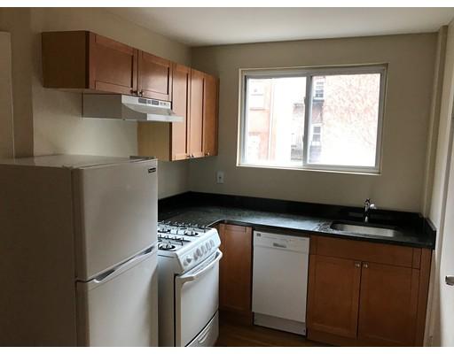 Casa Unifamiliar por un Alquiler en 149 Endicott Street Boston, Massachusetts 02113 Estados Unidos
