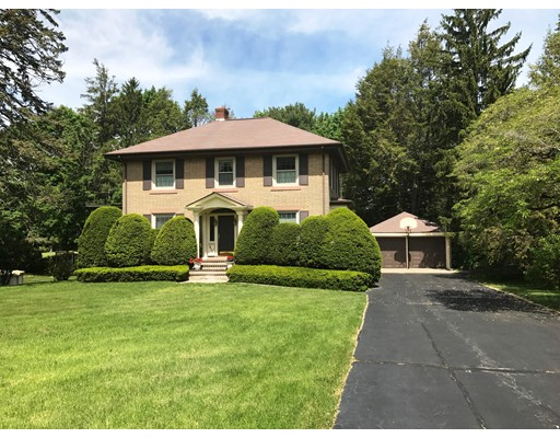 Single Family Home for Sale at 619 East Street Walpole, Massachusetts 02081 United States
