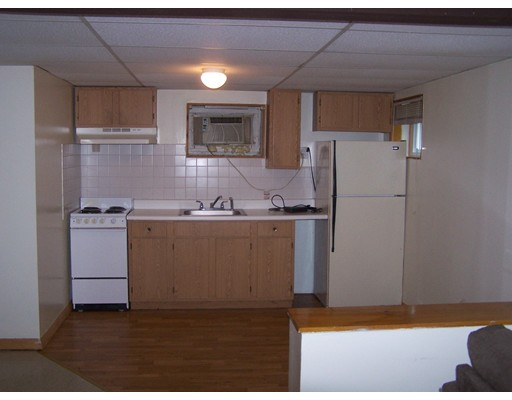 独户住宅 为 出租 在 56 Cape Road 门敦, 马萨诸塞州 01756 美国