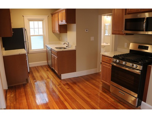 Additional photo for property listing at 34 Circuit Road  Medford, Massachusetts 02155 Estados Unidos