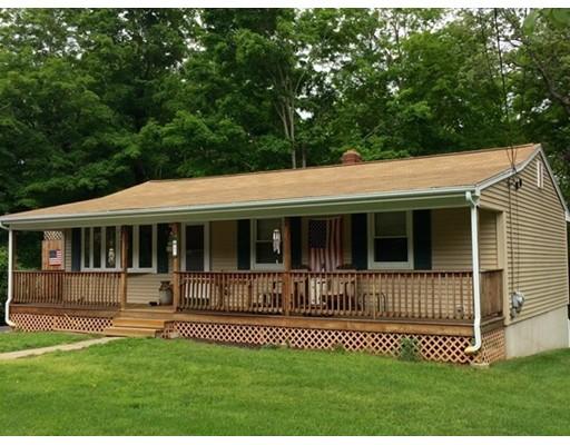 Casa Unifamiliar por un Venta en 47 Reservoir Road Burrillville, Rhode Island 02859 Estados Unidos