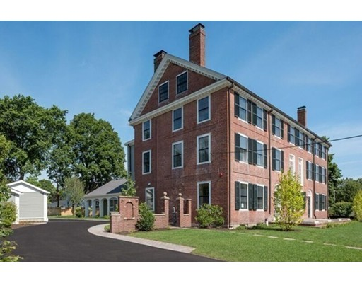 Additional photo for property listing at 19 Court Street  Dedham, Massachusetts 02026 Estados Unidos