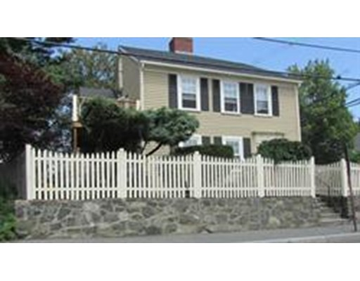 Additional photo for property listing at 1 Vine Street  Marblehead, Massachusetts 01945 United States